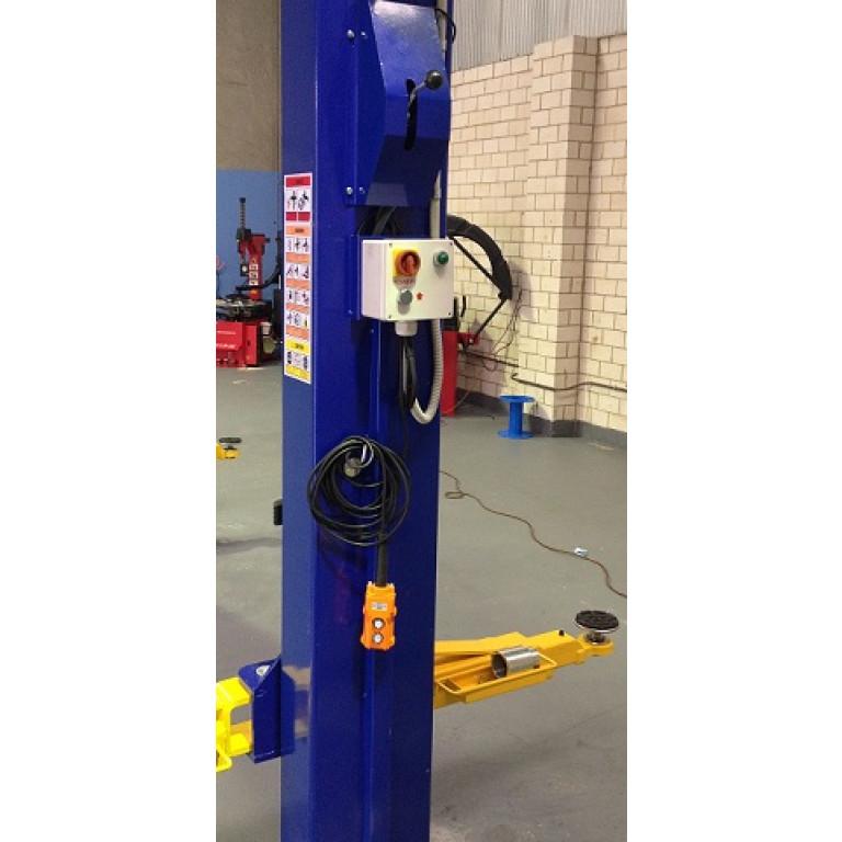BulletPro JL35A 2 Post Clear Floor 4 ton Hydraulic Lift (manual lock release)