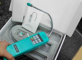HDL100 refrigerant leak detector